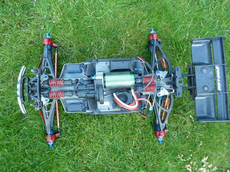 E-Revo Brushless By Furion - Page 6 P1010717