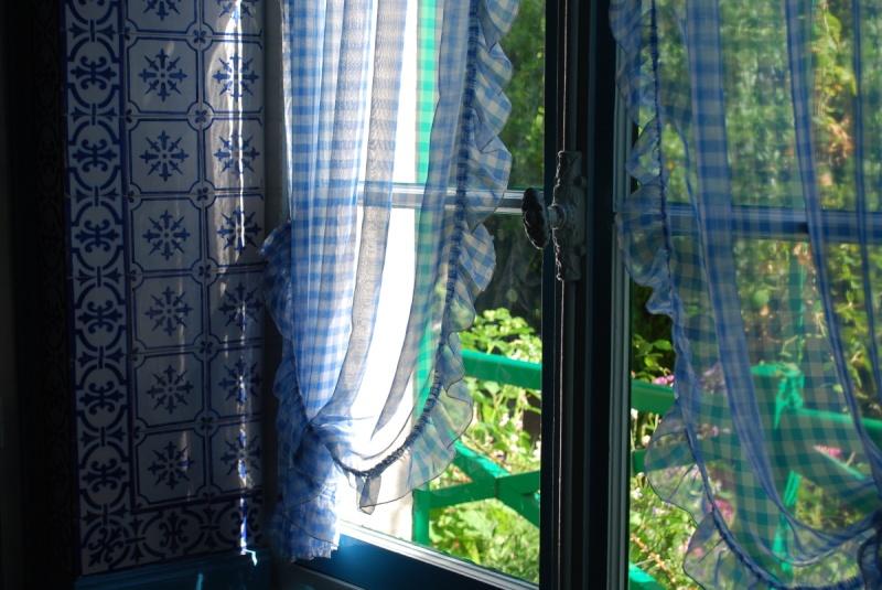Des fenêtres d'hier et d'aujourd'hui. - Page 6 Fenetr10