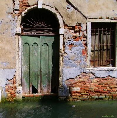 Des fenêtres d'hier et d'aujourd'hui. - Page 5 Venise10