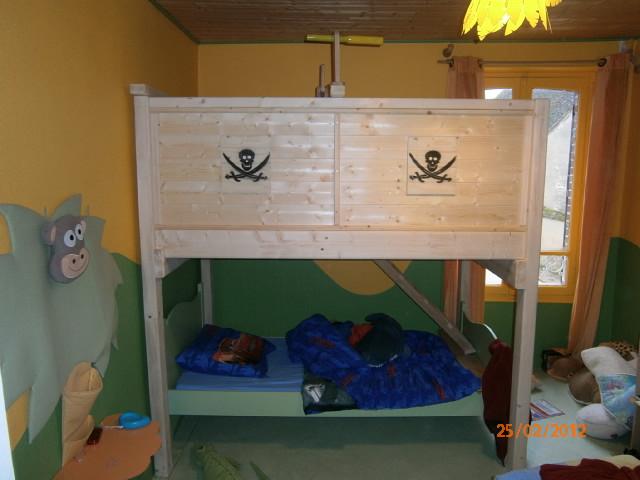 lit jeux pour mon petit fils par jb53 P2250512