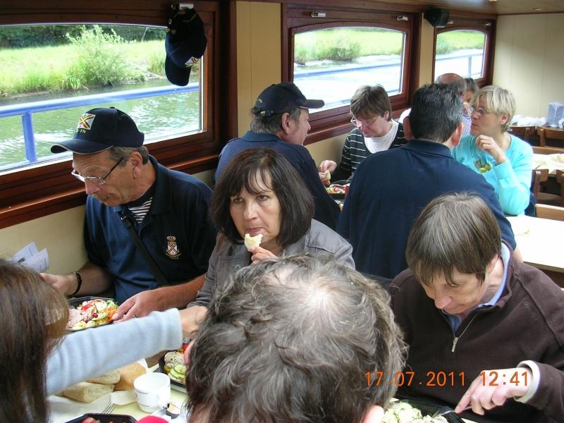 Visite du Canal du Centre historique le dimanche 17 juillet - Page 18 Photo246