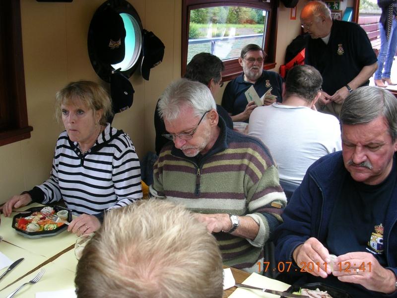 Visite du Canal du Centre historique le dimanche 17 juillet - Page 18 Photo247