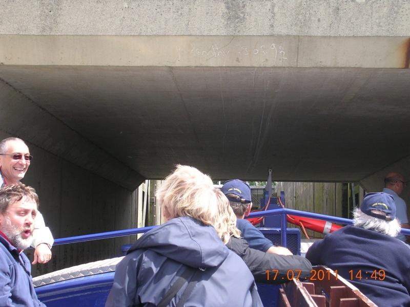 Visite du Canal du Centre historique le dimanche 17 juillet - Page 20 Photo269
