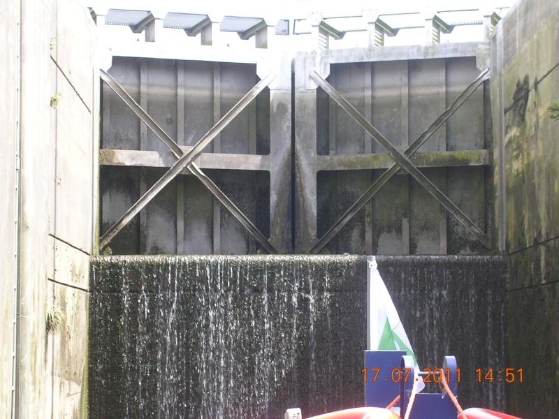 Visite du Canal du Centre historique le dimanche 17 juillet - Page 20 Photo273