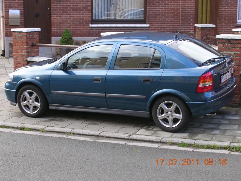 recherche de voiture Photo754