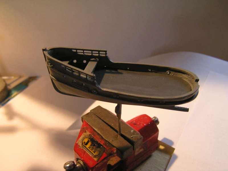 Construction en bateau moule du remorqueur l'HIPPOPOTAME  - Page 2 3317