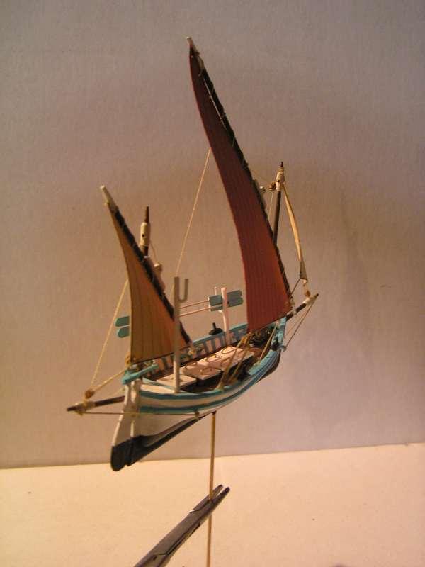 'un Llaud en bateau-moule  - Page 3 3914