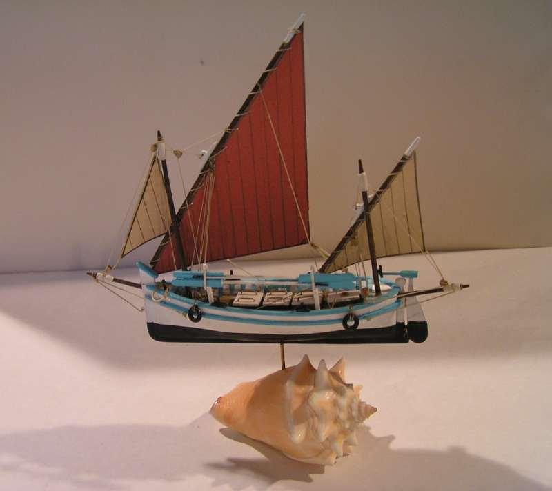Le Tramontana  Llaud en bateau-moule  4412