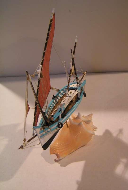 Le Tramontana  Llaud en bateau-moule  4611