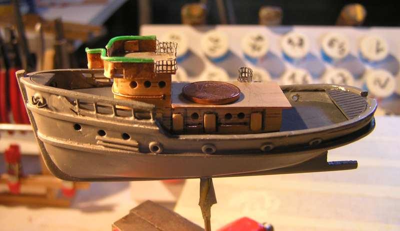 Construction en bateau moule du remorqueur l'HIPPOPOTAME  - Page 2 4815
