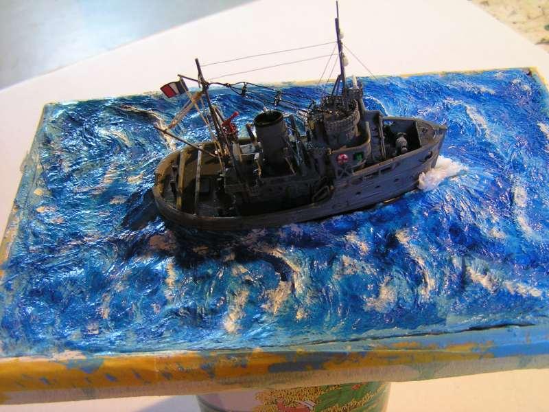 Construction en bateau moule du remorqueur l'HIPPOPOTAME  - Page 2 7910