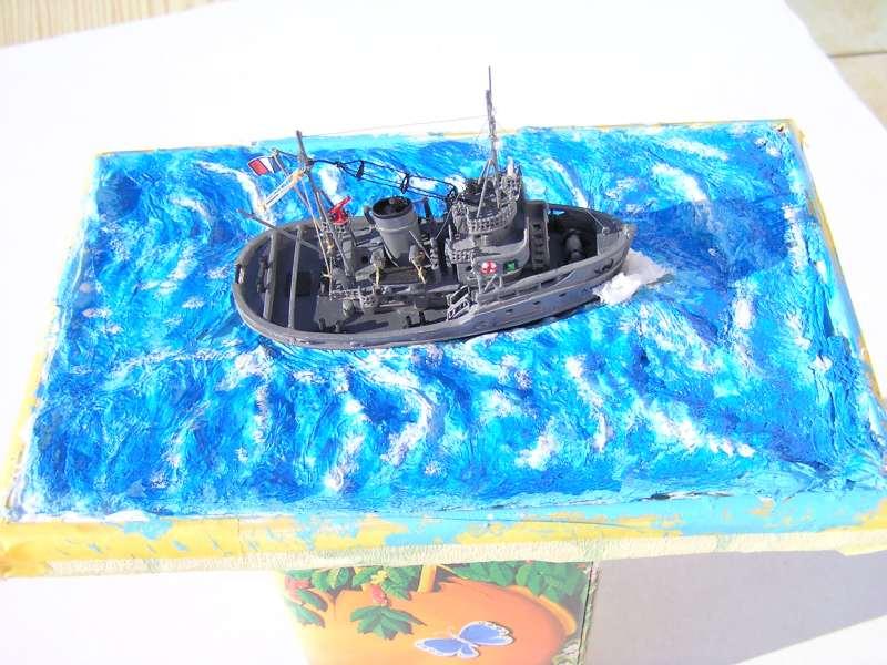 Construction en bateau moule du remorqueur l'HIPPOPOTAME  - Page 2 8110