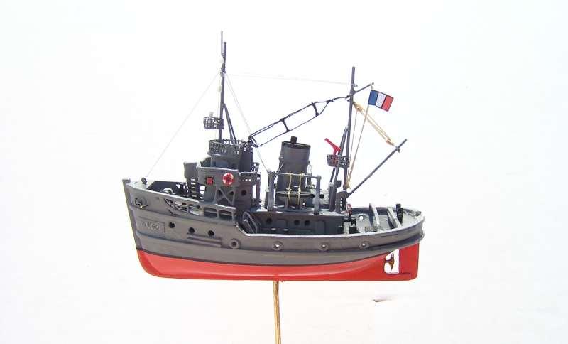 Construction en bateau moule du remorqueur l'HIPPOPOTAME  - Page 2 8610