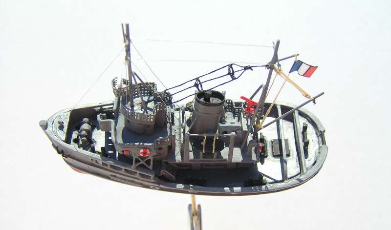 Construction en bateau moule du remorqueur l'HIPPOPOTAME  - Page 2 8710