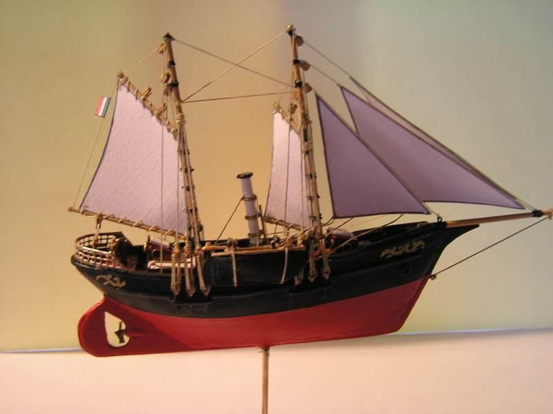 Mise en chantier du St Michel  III en bateau -moule - Page 3 M6210