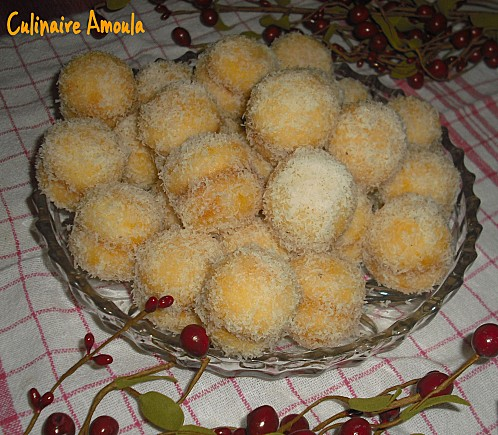 """Pâtisserie Marocaine : Halwat Kifach Telakina ou petit four """"Comment on s'est rencontré"""" ou  Mchimicha (venant du mot Machmach qui veut dire abricot) ou boulette de confiture d'abricots par Culinaire Amoula Kifach10"""