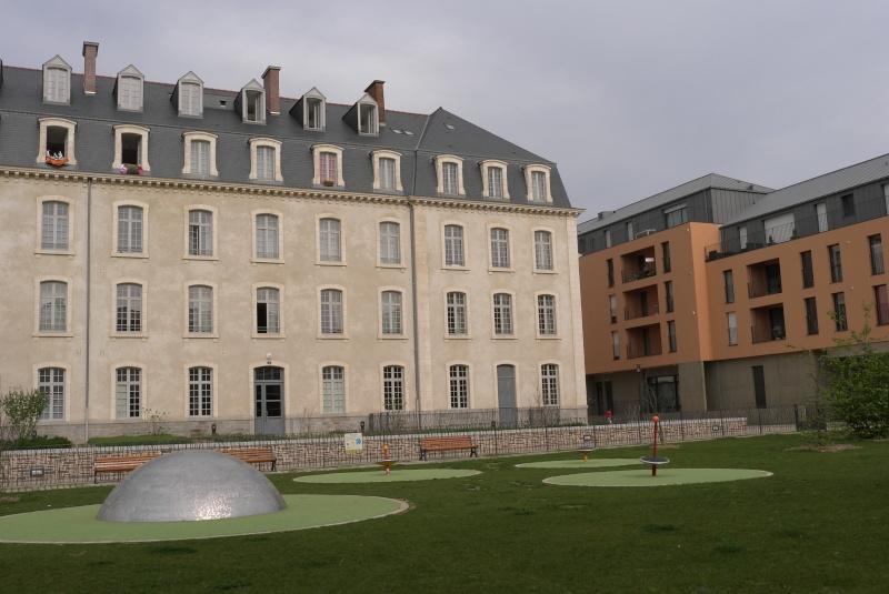 L'espace Simone de Beauvoir à Rennes, exemple d'une requalification urbaine réussie ? L1043914