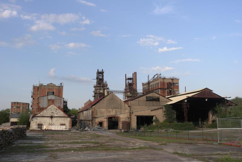 PHOTOGRAPHIE : Prémery (Nièvre), un patrimoine industriel encombrant L1045312