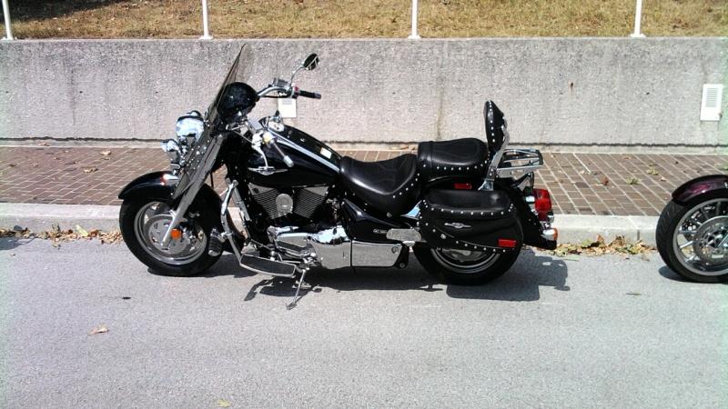 SUZUKI C90T Motorcycle 08281110