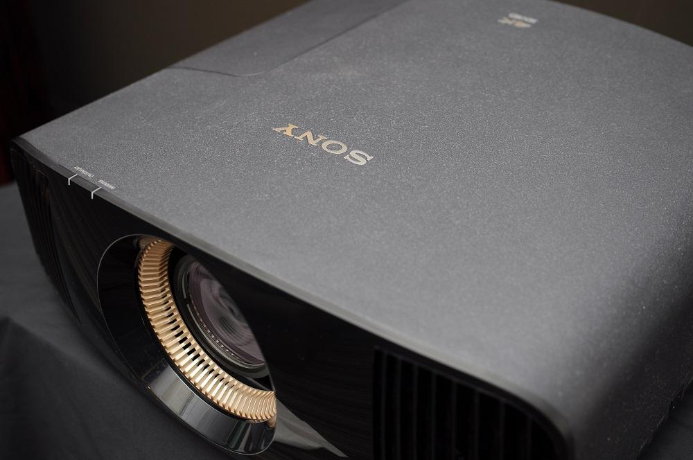 Sony VPL-Vw320 4K projector (Reserved) Dsc_2460