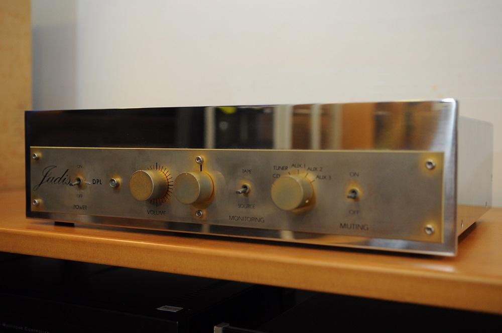Jadis DPL Pre amp (used) Dsc_2826