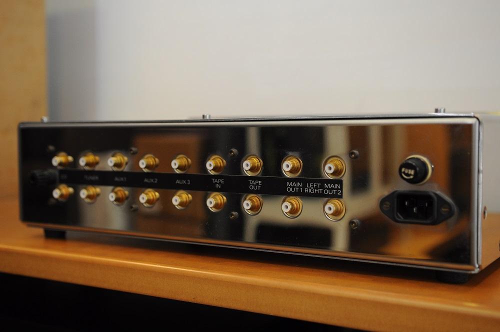 Jadis DPL Pre amp (used) Dsc_2827