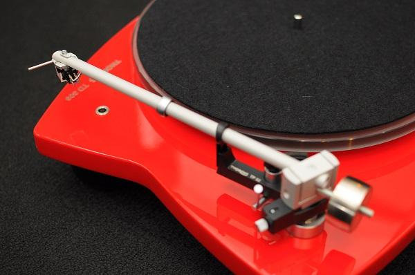 Thorens TD 309 Tri-Balance Manual Turntable (High Gloss Red) Thoren13