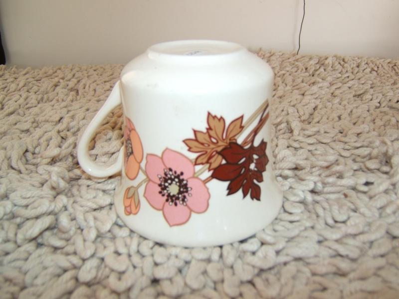 Crown Lynn cup shapes 01013