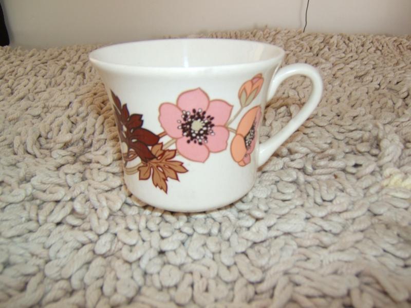 Crown Lynn cup shapes 01110