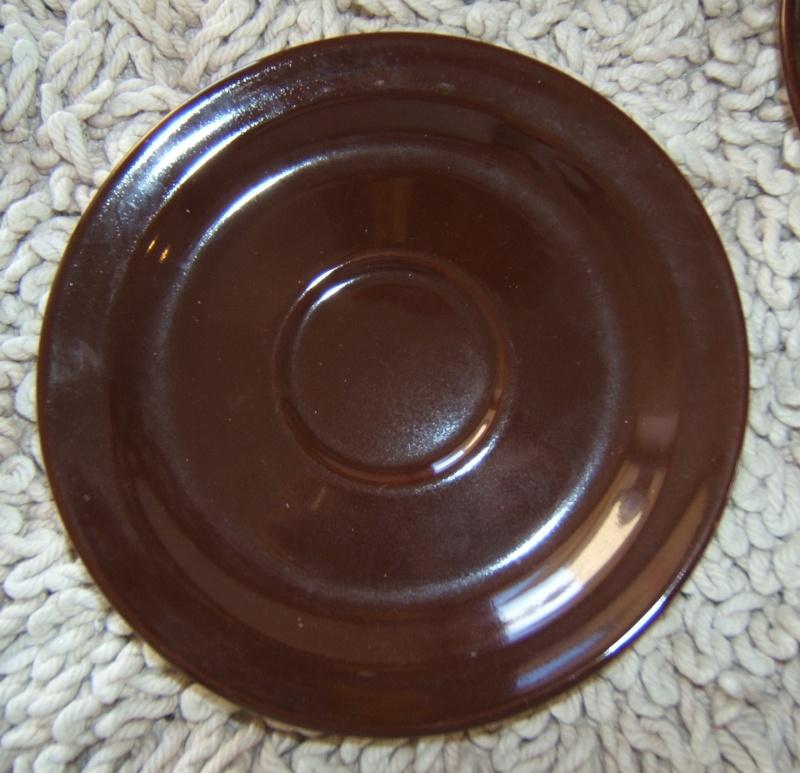 brown saucer d00075 Brown10