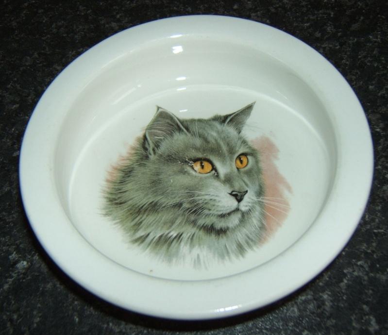 Roydon Tiny Tots Ware Cat_bo12
