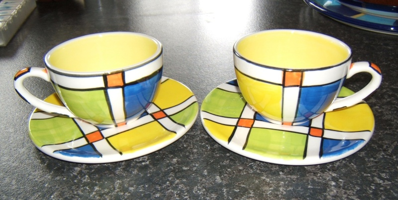 Fantastic Art Deco style Christine Harris cups & saucers Christ14