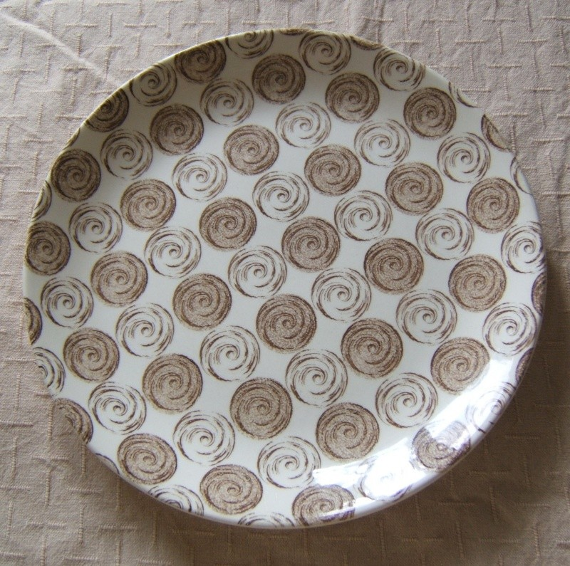 Rondo by Trousseau, Yay I found a name for this pattern and a fabulous Backstamp for the Gallery Rondo10