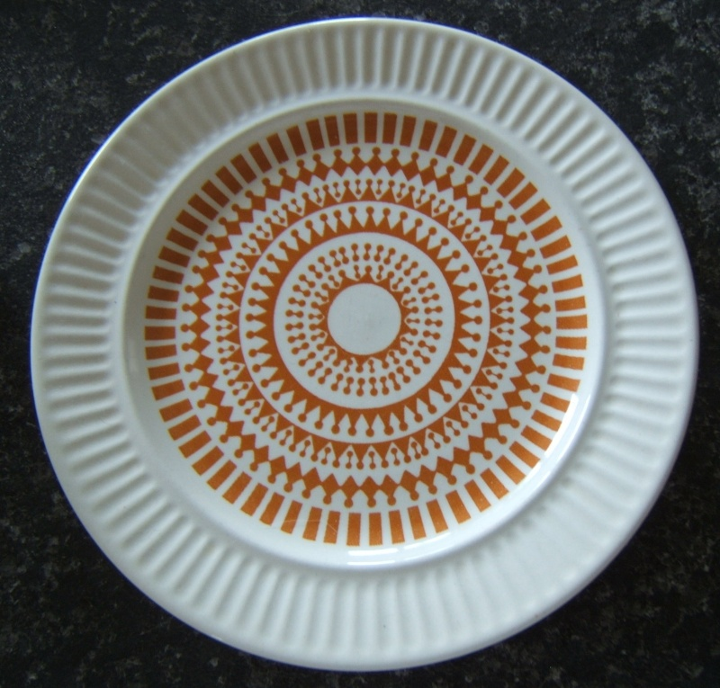 No name retro pattern#4 kelston Ceramics is Athena Orange Uk810