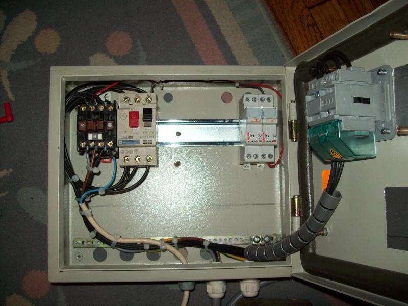Matériel electrique en triphasé 103_0429