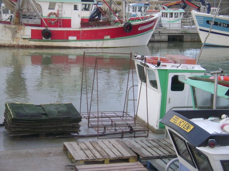 Barge , Chaland , Plate , Ponton et Lasse ostréicole. Dsc06765
