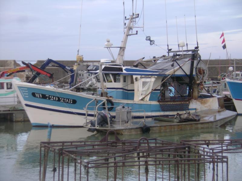 Barge , Chaland , Plate , Ponton et Lasse ostréicole. Dsc06769