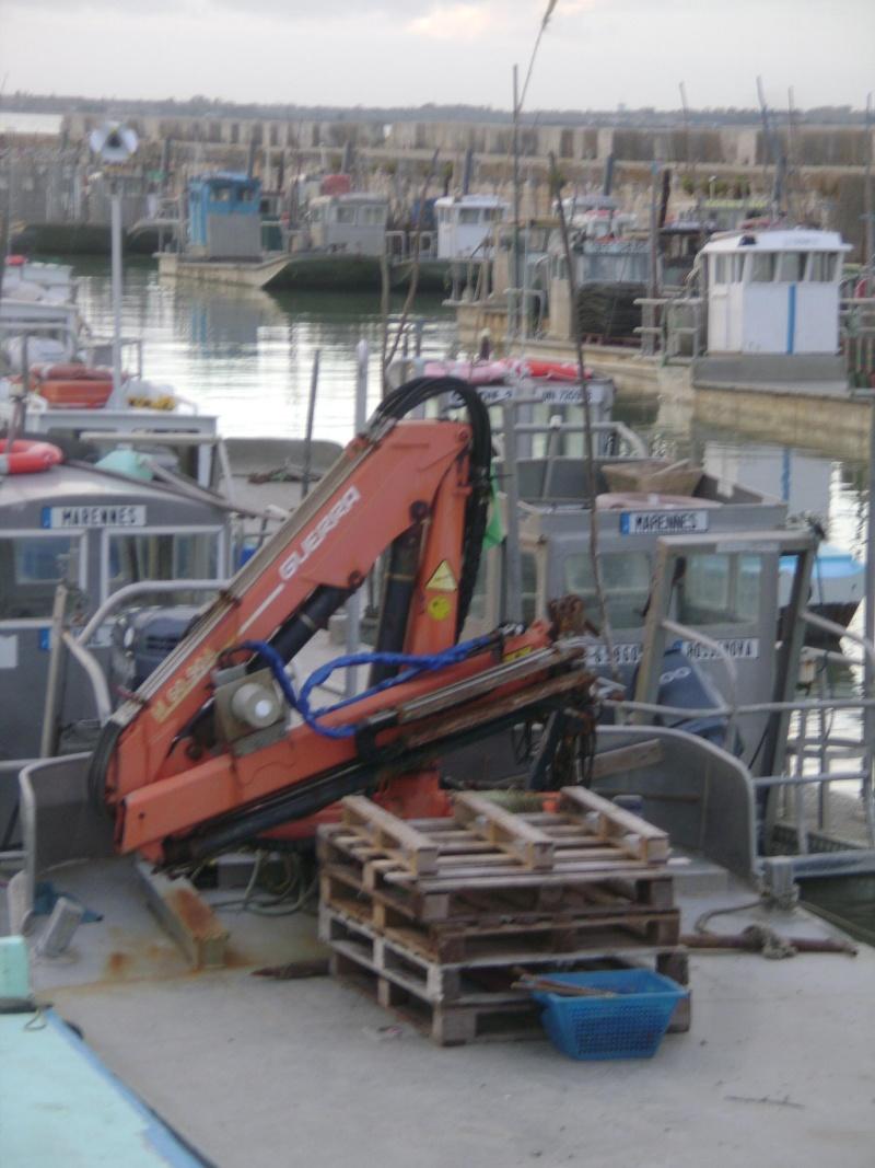 Barge , Chaland , Plate , Ponton et Lasse ostréicole. Dsc06775