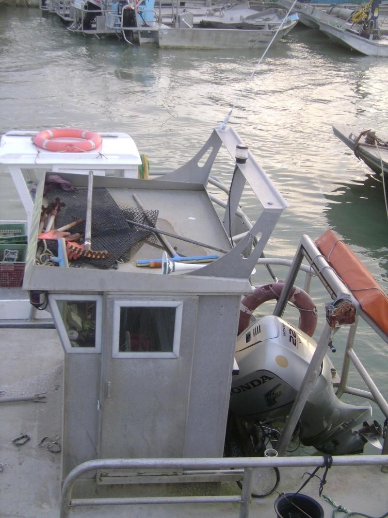 Barge , Chaland , Plate , Ponton et Lasse ostréicole. Dsc06788