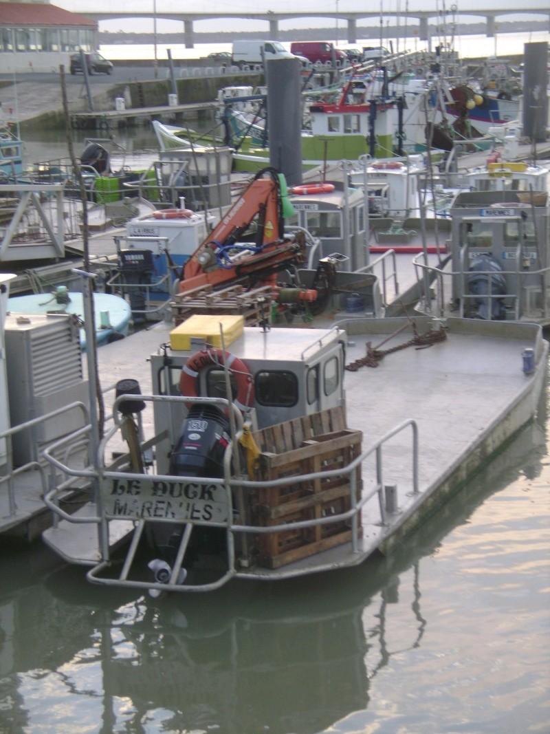 Barge , Chaland , Plate , Ponton et Lasse ostréicole. Dsc06839