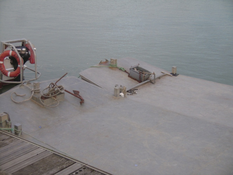 Barge , Chaland , Plate , Ponton et Lasse ostréicole. Dsc06843