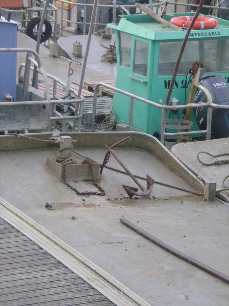 Barge , Chaland , Plate , Ponton et Lasse ostréicole. Dsc06848