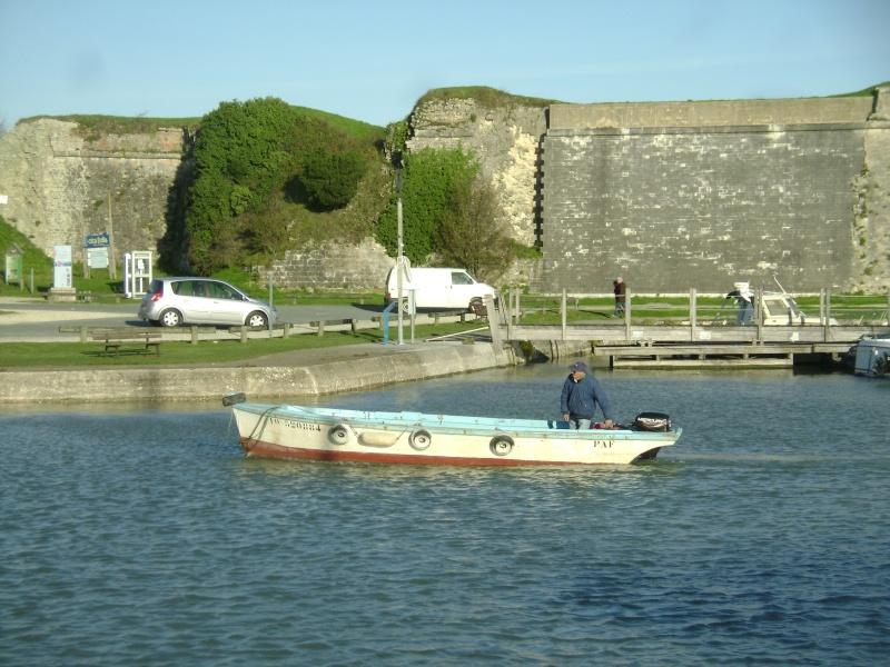 Barge , Chaland , Plate , Ponton et Lasse ostréicole. Dsc06856
