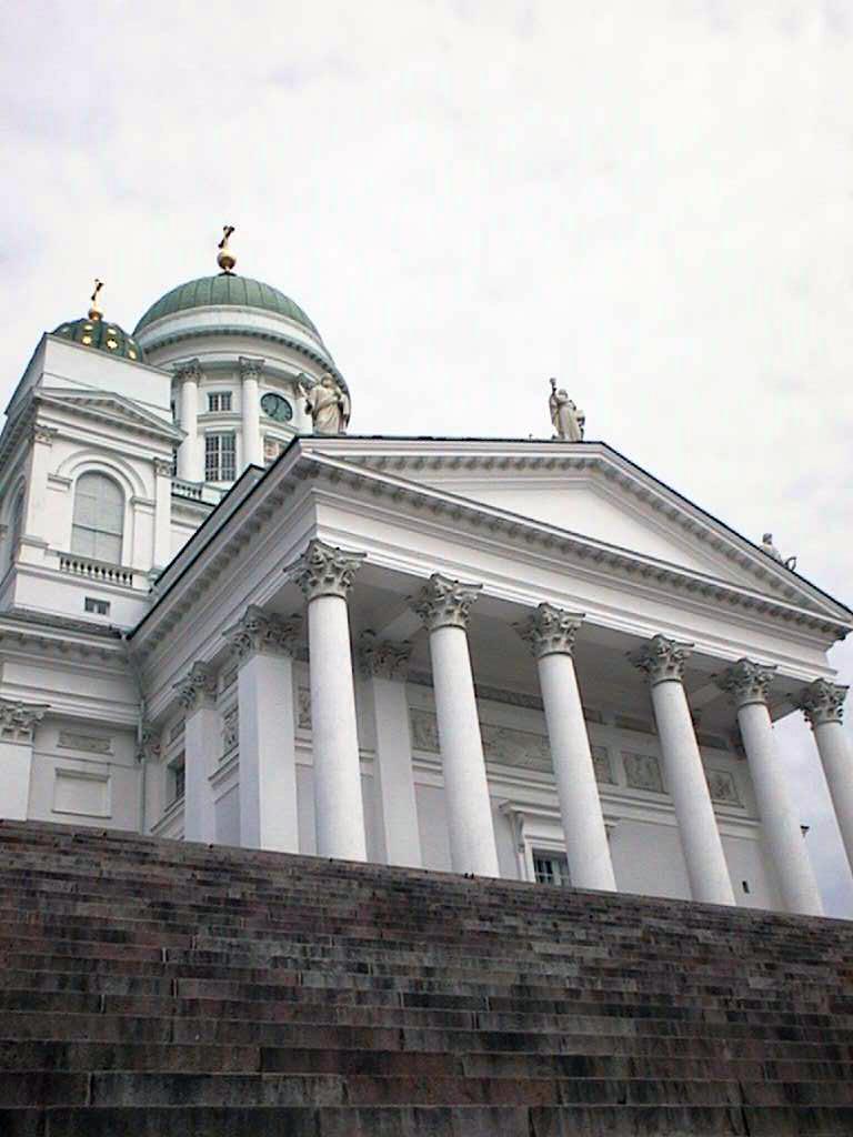 Helsinki by Queen 107_he10