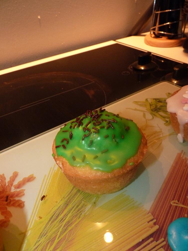 Cupcakes : recettes et décors simples - Page 5 P1050711