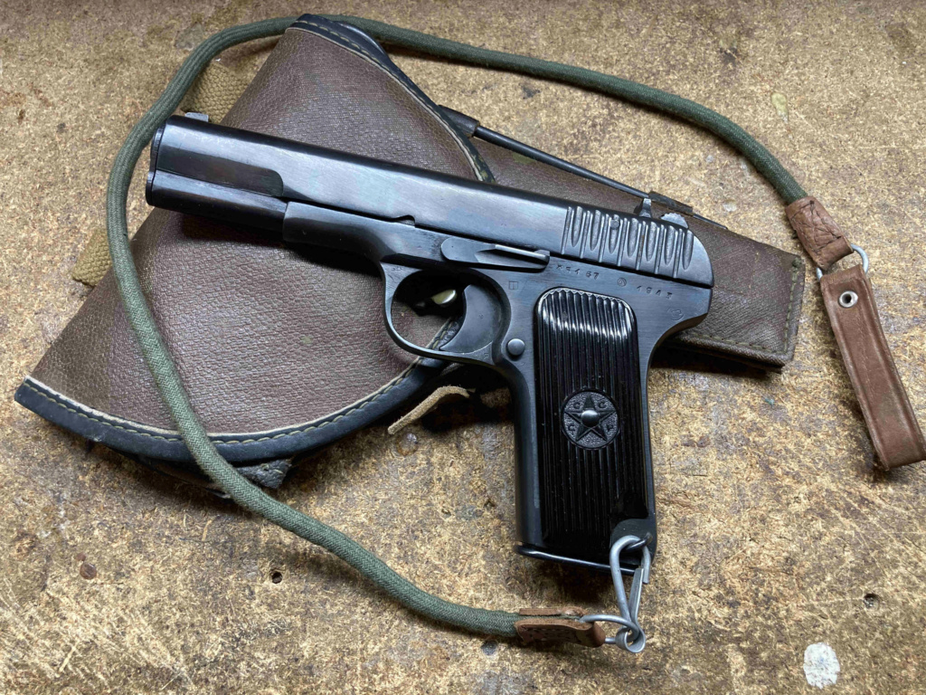 Tokarev TT33 - 1943 Img_2210