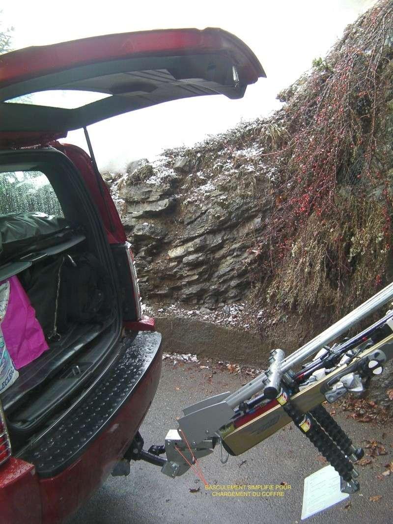Attelage porte vélo + benne a ski Sany0017