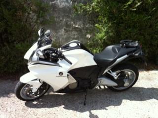 Je vend mon Burg, la moto me manque trop... Img_0113