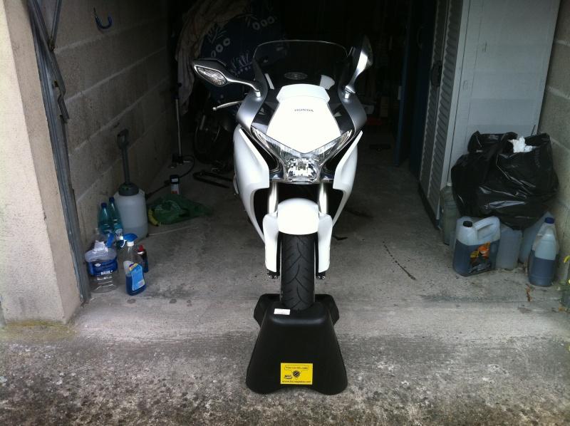 Je vend mon Burg, la moto me manque trop... Img_0313