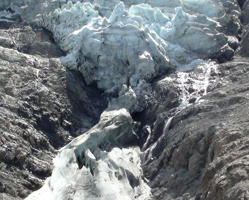 Le glacier des Bossons - Page 2 30juil10